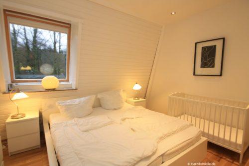 Schlafzimmer 1 – Ferienwohnung Christer