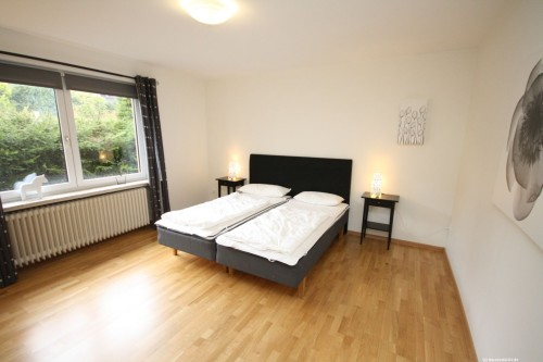 Schlafzimmer I – Ferienhaus Carl