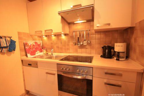 Wohn- /Essbereich mit offener Küche - Ferienwohnung Maximilian