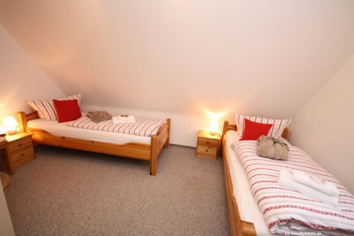 Schlafzimmer V (Obergeschoss) – Gruppenhaus Heine