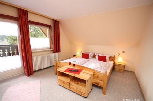 Schlafzimmer VII (Obergeschoss) – Gruppenhaus Heine