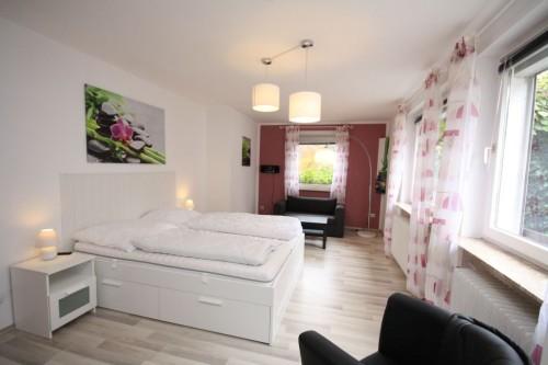 Schlafzimmer VIII (3. Ebene) – Gruppenhaus Heine
