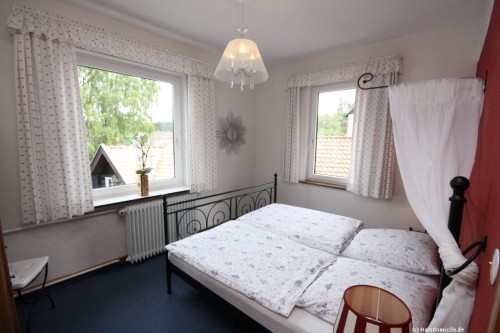 Schlafzimmer 2 – Ferienwohnung Morgensonne