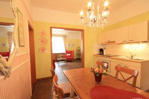 Wohn- /Essbereich mit Küche – Ferienwohnung Wiesenblick