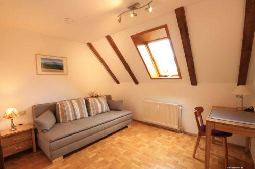 Schlafzimmer 2 – Ferienwohnung Bergrose