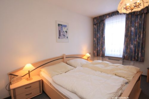 Schlafzimmer 1 – Ferienwohnung Lawerenz