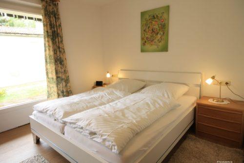 Schlafzimmer - Ferienwohnung Rose