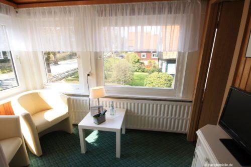 Sitzmöglichkeit im Schlafzimmer – Gruppenhaus Fernblick
