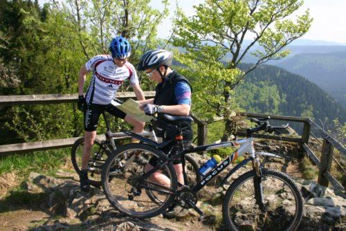 Mountainbiker an Hahnenkleeklippen | © Harzer Tourismusverband
