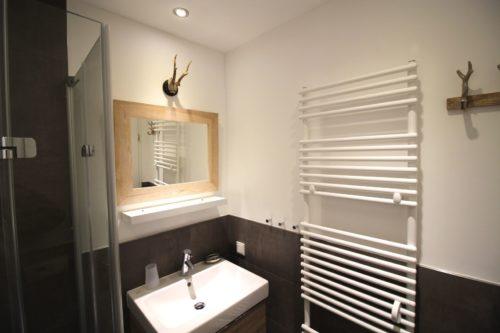 Badezimmer – Ferienwohnung Bergchalet