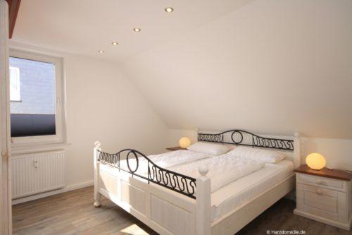 Schlafzimmer 1 – Ferienwohnung Wurmberg Perle