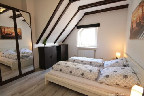 Schlafzimmer 2 – Ferienwohnung Zauberhirsch