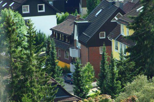 Blick auf das Gebäude – Ferienwohnung Wurmbergstation