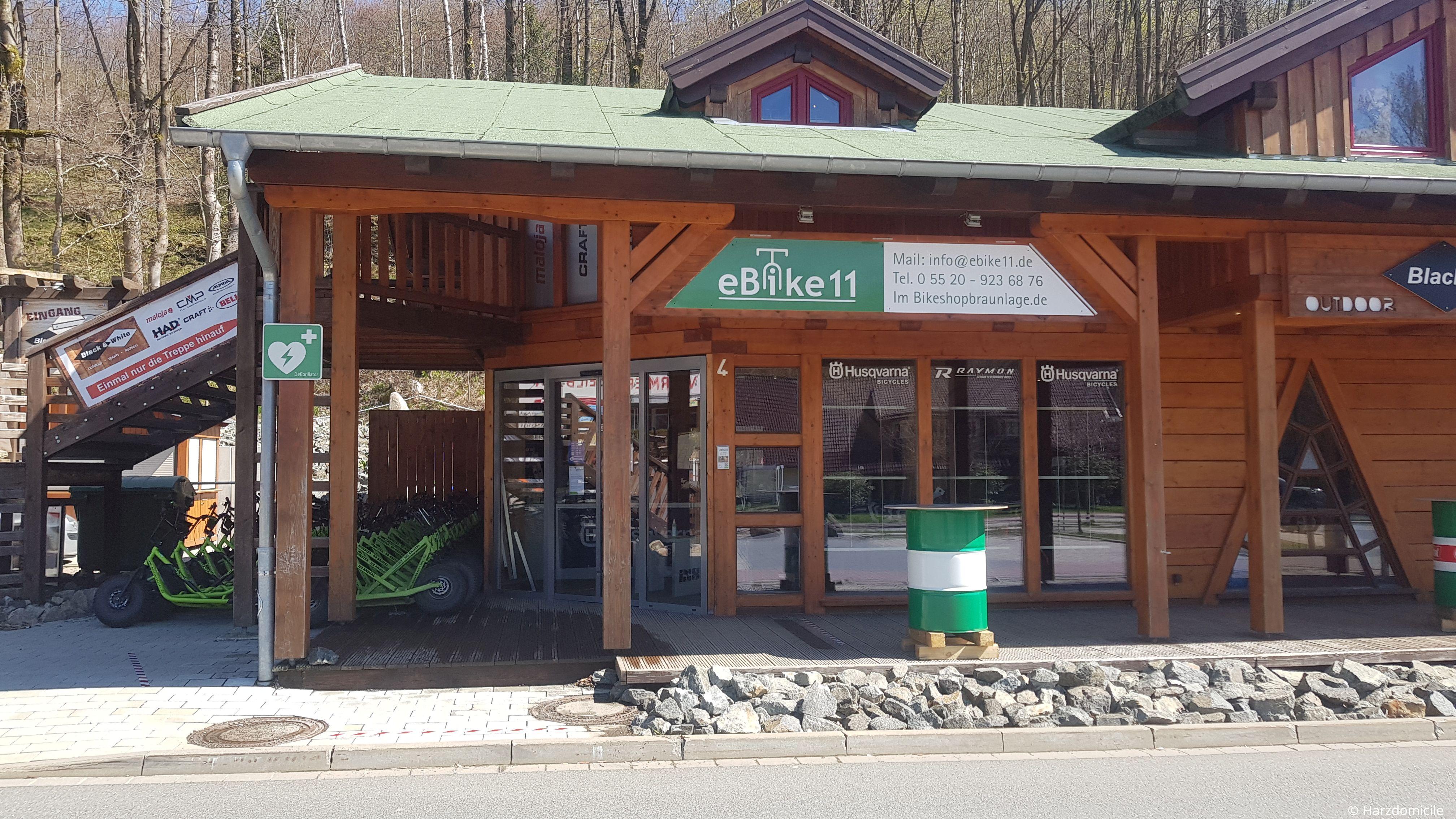 """Außenaufnahme des Fahrradverleihs """"eBike 11"""" in Braunlage Am Amtsweg 4 direkt an der Talstation der Wurmbergseilbahn"""