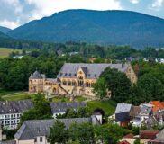 Kaiserpfalz in Goslar – Blick von oben – Bild unter Lizenz von Shutterstock.com